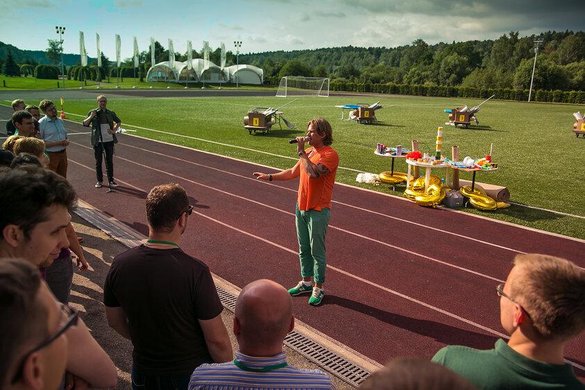 Ведущий спортивных мероприятий и парусных регат